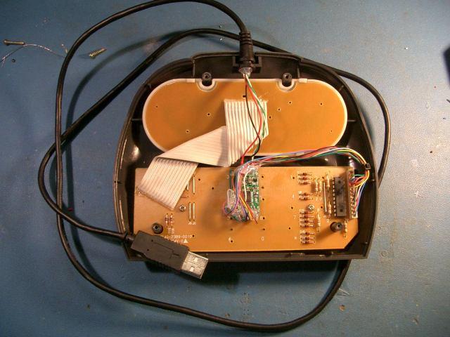 Atari Jaguar controller to USB adapter on gamecube controller, sega master system controller, atari 800 xl controller, turbografx-16 controller, sega dreamcast controller, sega saturn controller, 3do controller, playstation 4 controller, 32x controller, steam controller, xbox controller, playstation 1 controller, neo geo controller, intellivision controller, sega genesis controller, sega cd controller, snes controller, atari 7800 controller, atari 400 controller, atari lynx,